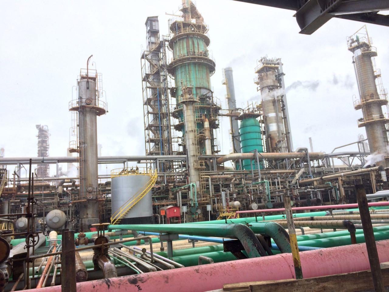 Resultado de imagem para Problemas em refinarias