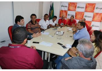 Sindipetro Bahia estimula criação de sindicato patronal das empresas de petróleo para organizar o setor e proteger os trabalhadores