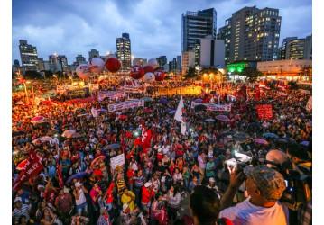 Greve geral foi a maior do país e envolveu 40 milhões de brasileiros