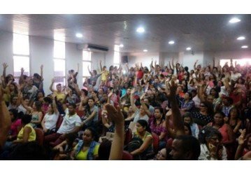 Sindipetro apoia luta dos professores de Camaçari