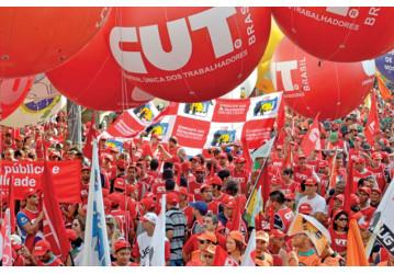 Próximo passo da luta contra as reformas é ocupar Brasília. Leia o manifesto das centrais