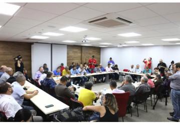 "Centrais sindicais organizam ""Ocupa Brasília"" contra as reformas"
