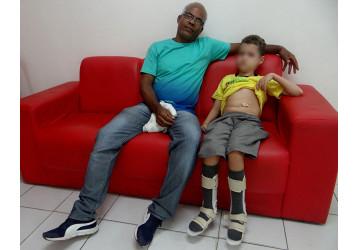 Pedido de ajuda financeira para criança portadora do vírus HIV