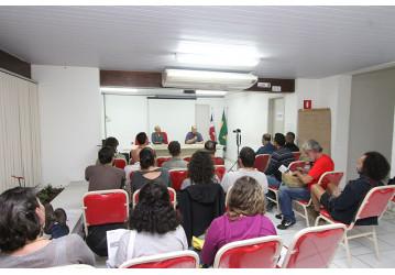 Palestra no Sindipetro sobre os 100 anos da Revolução Russa