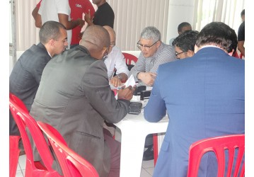 Sindipetro condena demissão e homologa rescisão com ressalvas