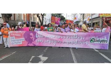 8 de março - mulheres ocupam as ruas, defendem direitos e denunciam governo golpista