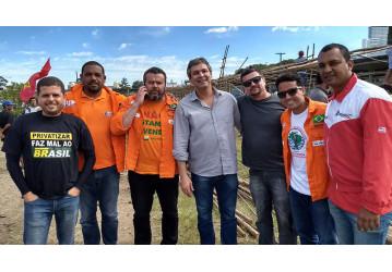 Direção do Sindipetro Bahia está em Curitiba para participar de ato em apoio ao ex-presidente Lula