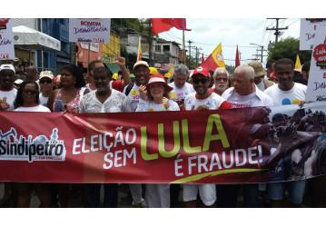 Na Lavagem do Bonfim, Sindipetro Bahia defende democracia e eleição de Lula