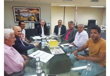 Diretores do Sindipetro Bahia se reúnem com vice-governador