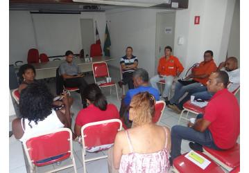 Projeto de extermínio está em curso no Brasil, diz professor em palestra sobre terceirização