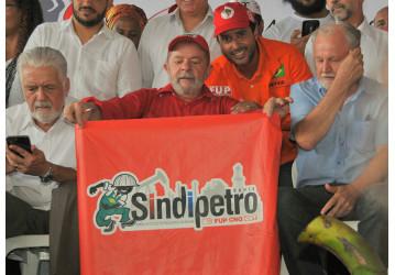 Sindipetro Bahia defende o Sistema Petrobrás em evento do MST com Lula