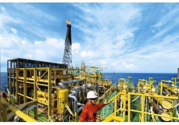 Petroleiros preparam greve por tempo indeterminado