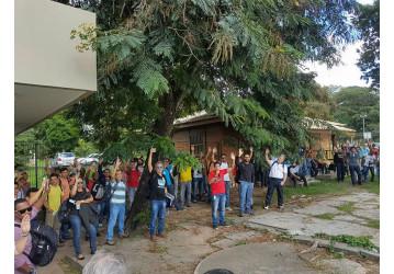 Rlam - Petroleiros da Bahia seguem aprovando greve por tempo indeterminado