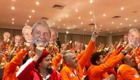 petroleiros-ocupam-brasília-dia-15-por-lula-livre-e-presidente