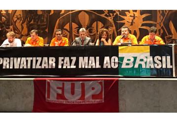 Ato na ALEP constrói agenda de lutas em defesa da Petrobrás no Paraná