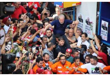 Vox Populi: Lula fica mais forte após prisão ilegal