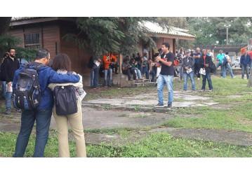 RLAM- Em setorial, Sindipetro aborda questões jurídicas e distribui formulário sobre NR-20