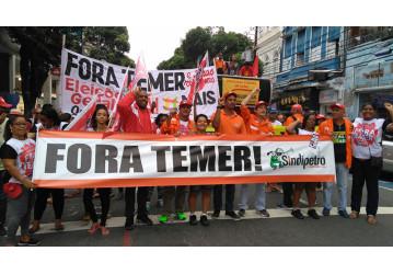 Passeata no centro de Salvador exige FORA TEMER e DIRETAS JÁ!