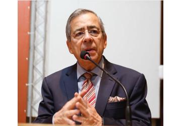 Hóspedes atacam Paulo Henrique Amorim em hotel na Bahia