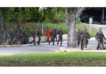 Exército Brasileiro faz exercícios militares na RLAM
