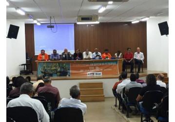 Audiência em defesa da Petrobrás tem resistência à conspiração e grito de Lula livre