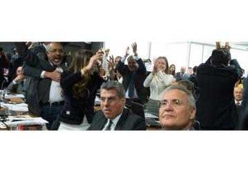 Derrota do golpe: senado rejeita relatório da Reforma Trabalhista