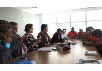 Sindipetro se reúne com a Bancada do PT na ALBA e pede empenho em defesa da FAFEN-BA