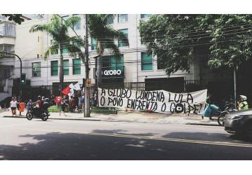 Sede da Globo é ocupada contra o golpe