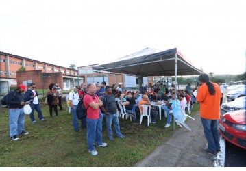 RLAM - contra a tentativa da gerência em acabar com o interstício total, Sindipetro adverte trabalhadores para não pegar ônibus na madrugada