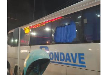 Ônibus do TEMADRE é apedrejado