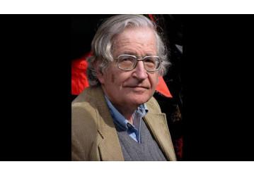 O filósofo norte-americano Noam Chomsky faz em vídeo defesa da candidatura de Lula