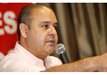 Em entrevista à Carta Capital, Vagner Freitas defende Diretas Já: