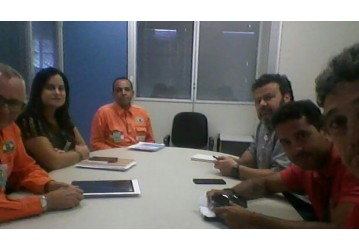Em reunião, Sindipetro aborda importância da FAFEN para o Brasil