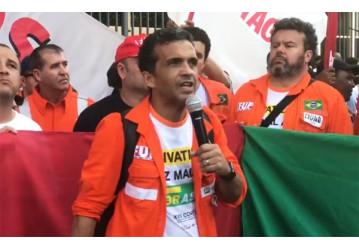 """""""Só a luta vai garantir a Petrobrás e os nossos direitos"""", avisa coordenador da FUP"""