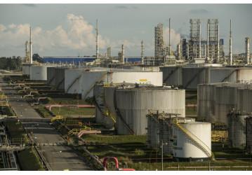 Repar registra mais um vazamento e trabalhadores passam por exame de exposição ao benzeno