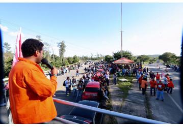 Sindipetro faz paralisação contra o desmonte e privatização da Petrobrás