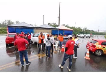 GG da RLAM viola CLT e impede trabalhadores de saírem da refinaria