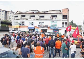 Corte de rendição na RLAM fortalece e intensifica greve dos petroleiros na Bahia