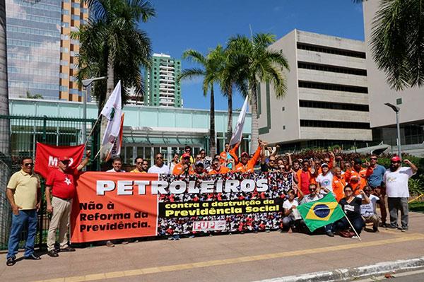 Bahia – Grande adesão da categoria à greve fortifica a luta pelos direitos e em defesa da Petrobrás