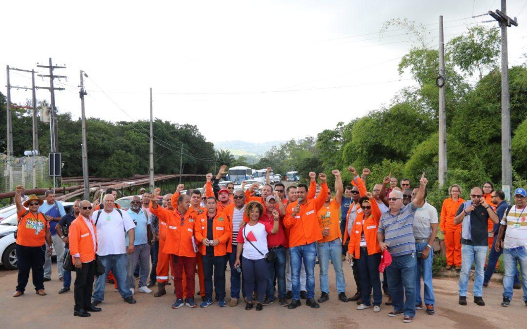 Petroleiros mostram que estão prontos para a greve
