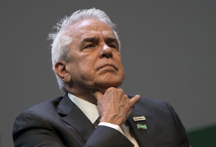 Gestão da Petrobrás mentiu ao afirmar ao deputado federal Paulo Azi que não tinha planos de hibernação para o Nordeste e norte capixaba