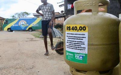 Ação de venda de gás de cozinha a preço justo beneficia 850 famílias na Bahia