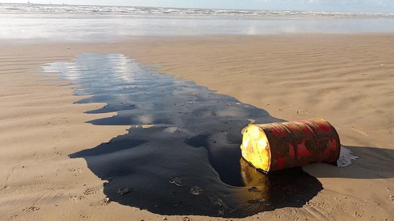 Riscos ambientais aumentam com cortes de investimentos da Petrobrás