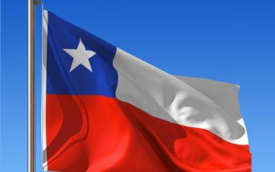 Chilenos enterram Constituição do ditador Augusto Pinochet, a mãe das injustiças