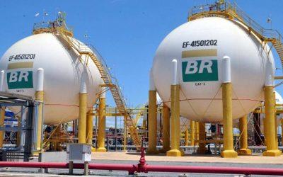 Enquanto o Brasil privatiza, Reino Unido estuda nacionalizar setor de gás