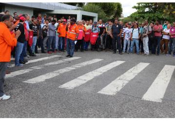 Em mobilização, trabalhadores reafirmam resistência contra fechamento das Fafen´s