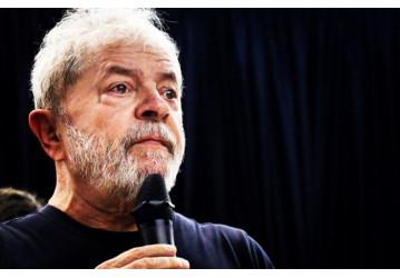 Lula retira do STF pedido de liberdade para evitar manobra sobre sua candidatura