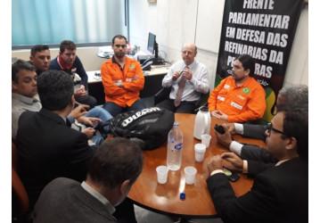 Pressão dos petroleiros surte efeito e evita votação da urgência do PLC 78