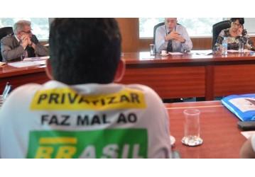 Lucro da Petrobrás: Mais falso do que nota de R$ 3