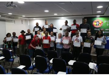 3º curso sobre benzeno trata sobre as consequências da substância para os trabalhadores